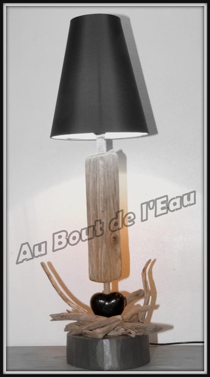 Lampes grande taille (+ de 65 cm)